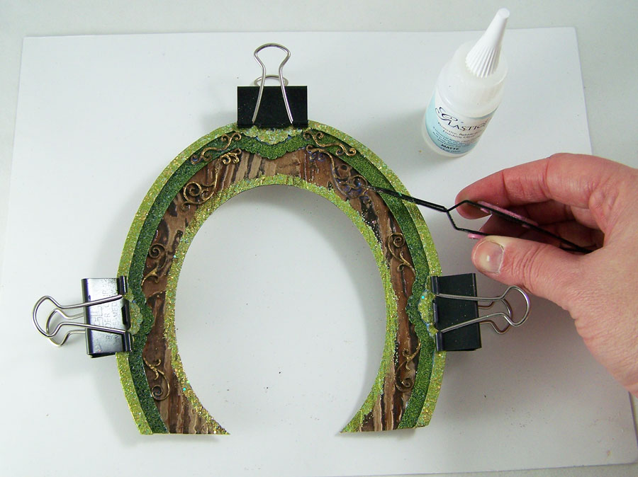 Globecraft_DIY_leprechaun_Door_Tracy_Alden_tutorial_Photo7