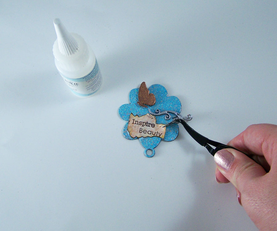 Art Resurrected_DIY_Inspire_Art_lapel_pin_Tracy_Alden_tutorial_Photo_6