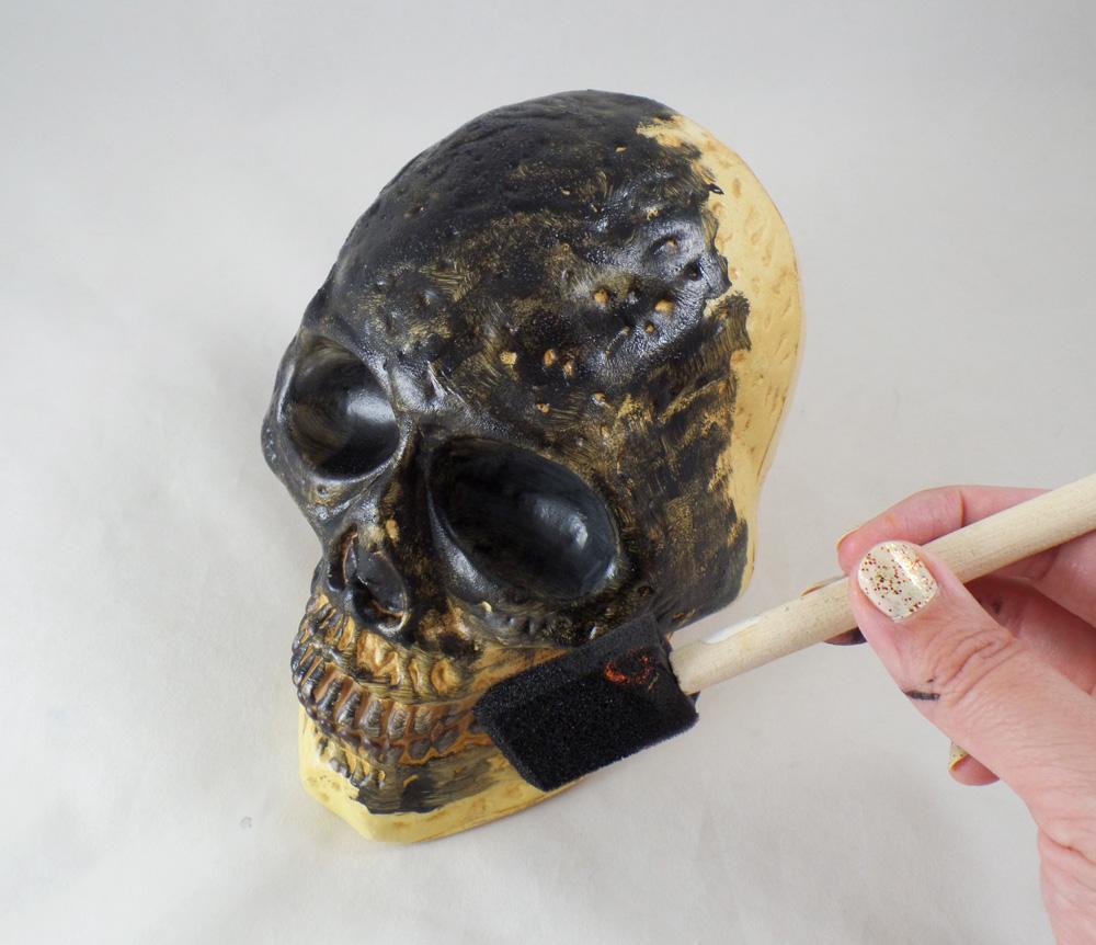 ArtResurrected-Skull-Decor-Chalk-Paint-Tracy-Alden-3 - Copy