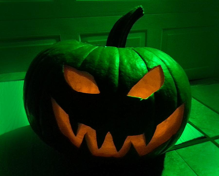 ArtResurrected-Artistic-Halloween-Haunting-Tracy-Alden-1