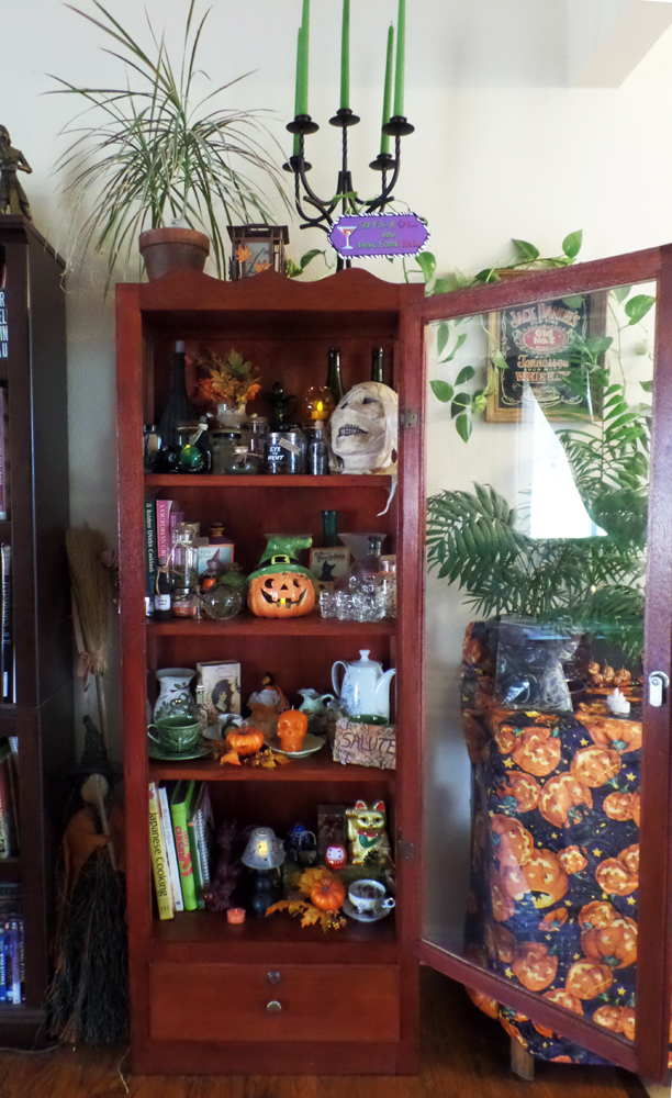 ArtResurrected-Artistic-Halloween-Haunting-Tracy-Alden-8