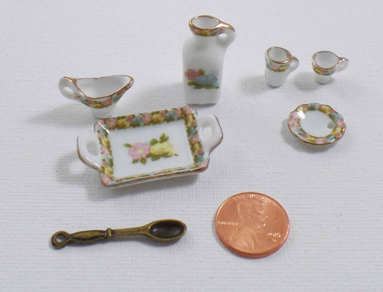 artresurrected-miniature-finds-tracy-alden-8
