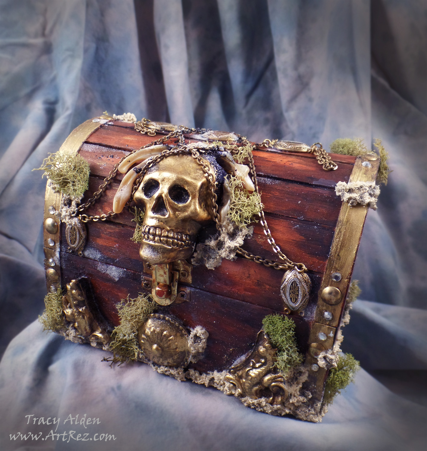 ArtResurrected-Pirate-Treasure-Chest-Tracy-Alden-10
