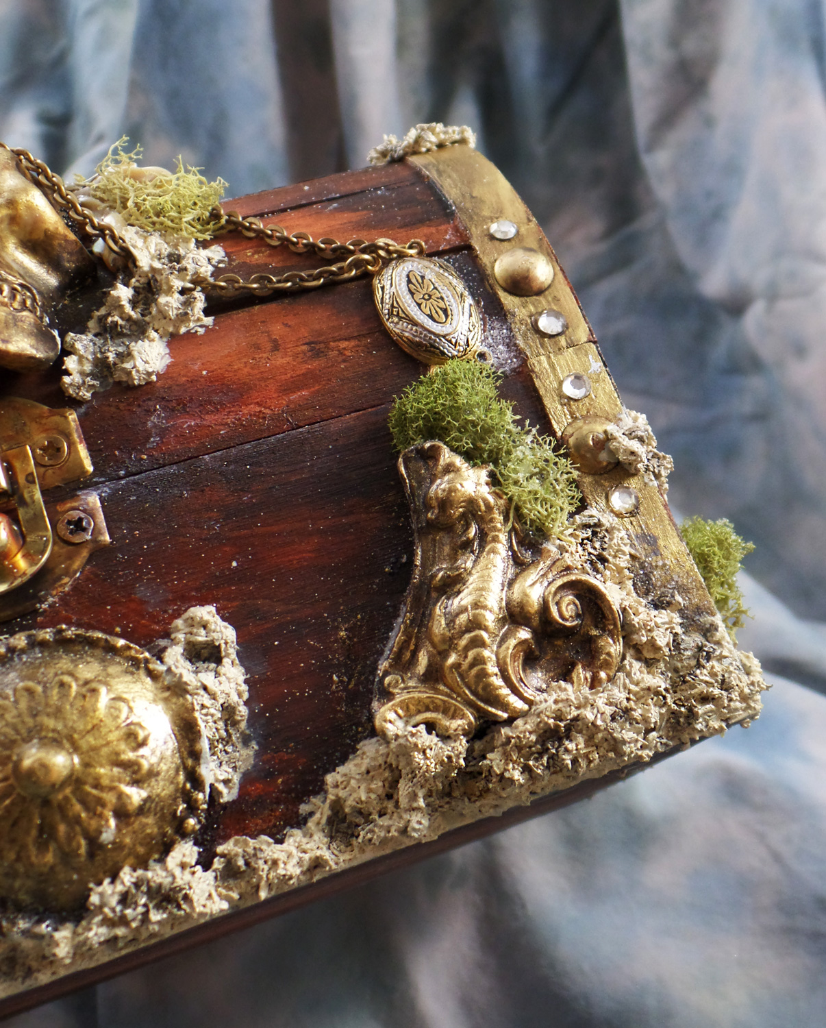 ArtResurrected-Pirate-Treasure-Chest-Tracy-Alden-8